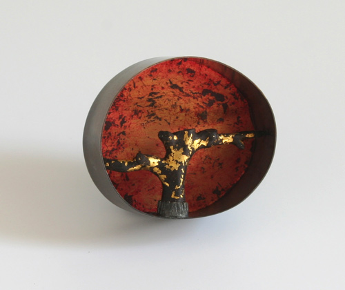 Tree of Passions, brooch, 2010, silver, patina, ebony, leaf gold, paint, 60 mm
