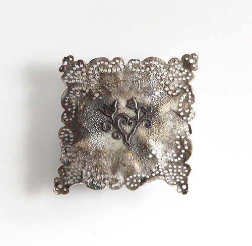 Recollection of Memories, brooch, 2012, silver, patina, 58 mm