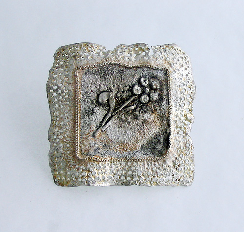 Recollection of Memories, brooch, 1999, silver, patina, 55 mm