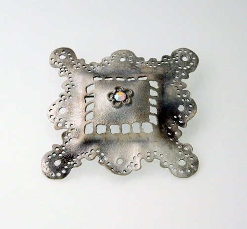 Recollection of Memories, brooch, 2006, silver, patina, strass,  50 mm